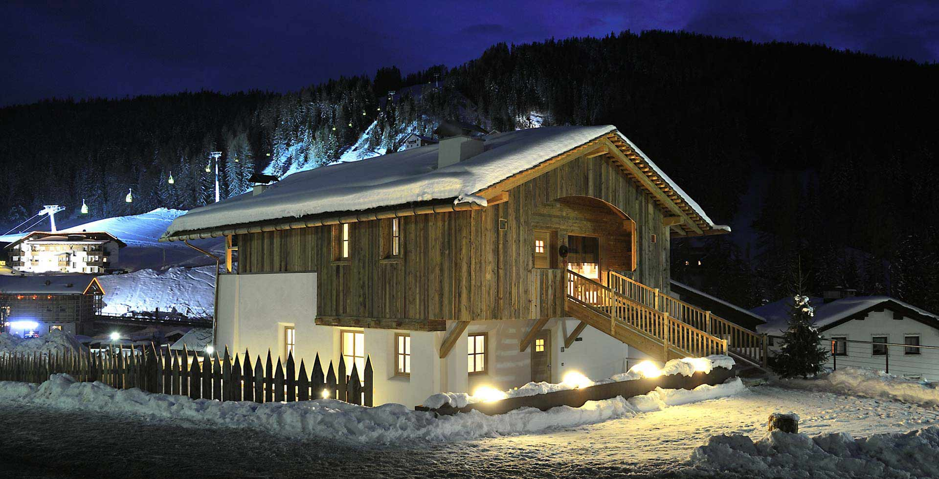 Chalet very close to slopes - Dolomites Chalet